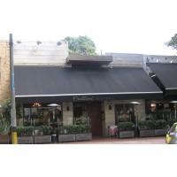 Parasoles de fachada y retractiles